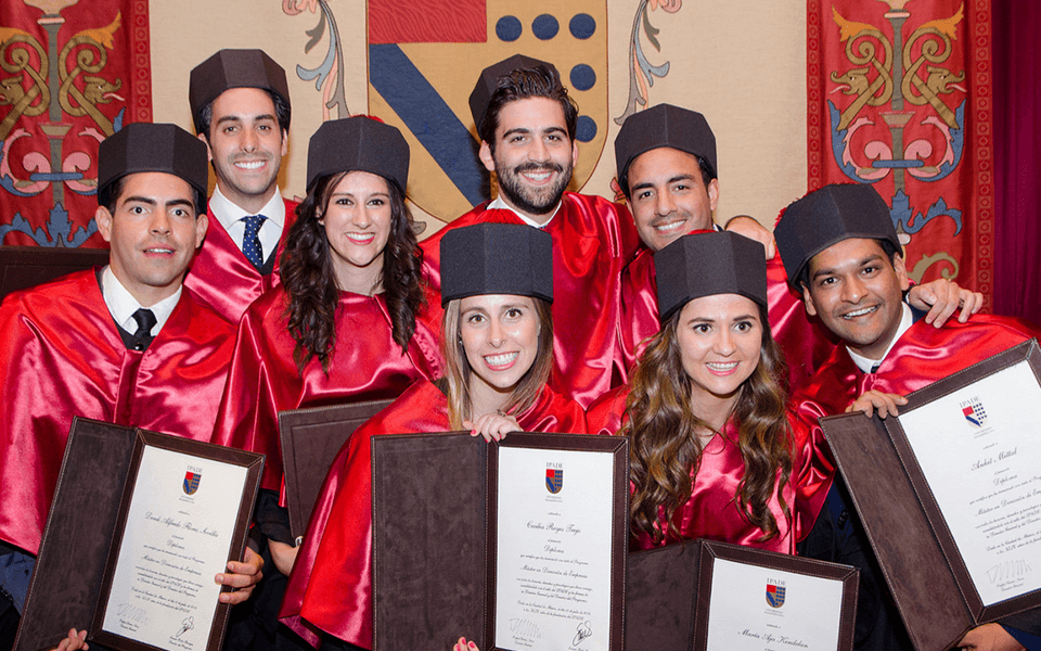 graduation-of-the-45th-full-time-mba-class-of-2016